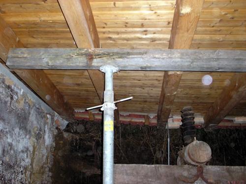 Absicherungsmaßnahmen nach Kellerwandeinsturz