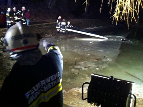 Eisrettungsübung Teich Münichsthal