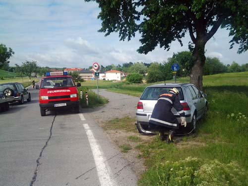 PKW-Bergung L34 Richtung Ulrichskirchen