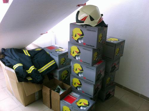 Neue Helme und gebrauchte Jacken!