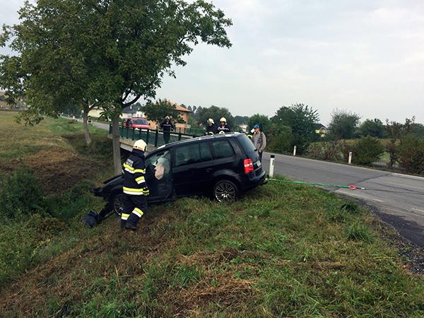 Fahrzeugberung auf L34 Richtung Ulrichskirchen