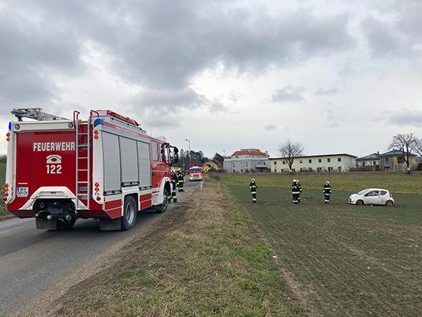 Fahrzeugbergung auf L3107 Richtung Wolkersdorf