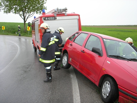 Neuerliche Fahrzeugbergung Richtung Großebersdorf