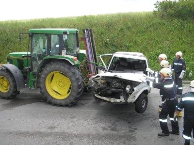 Verkehrsunfall - PKW-Zusammenstoß